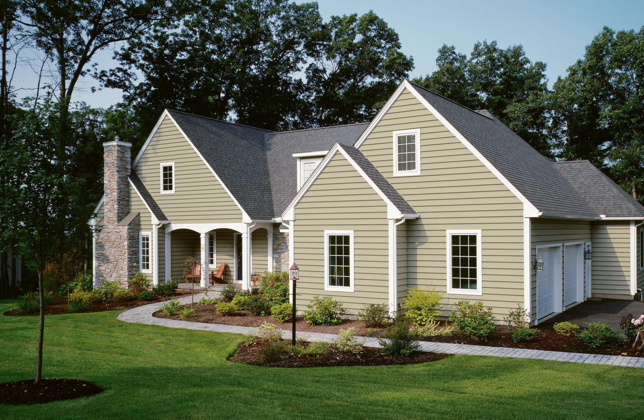 Hodges roofing does vinyl siding in winston salem nc for Best vinyl siding colors